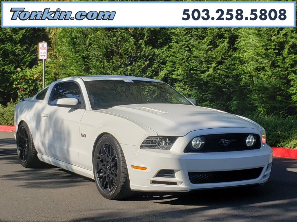 Pre owned 2013 ford mustang gt rwd 2d coupe