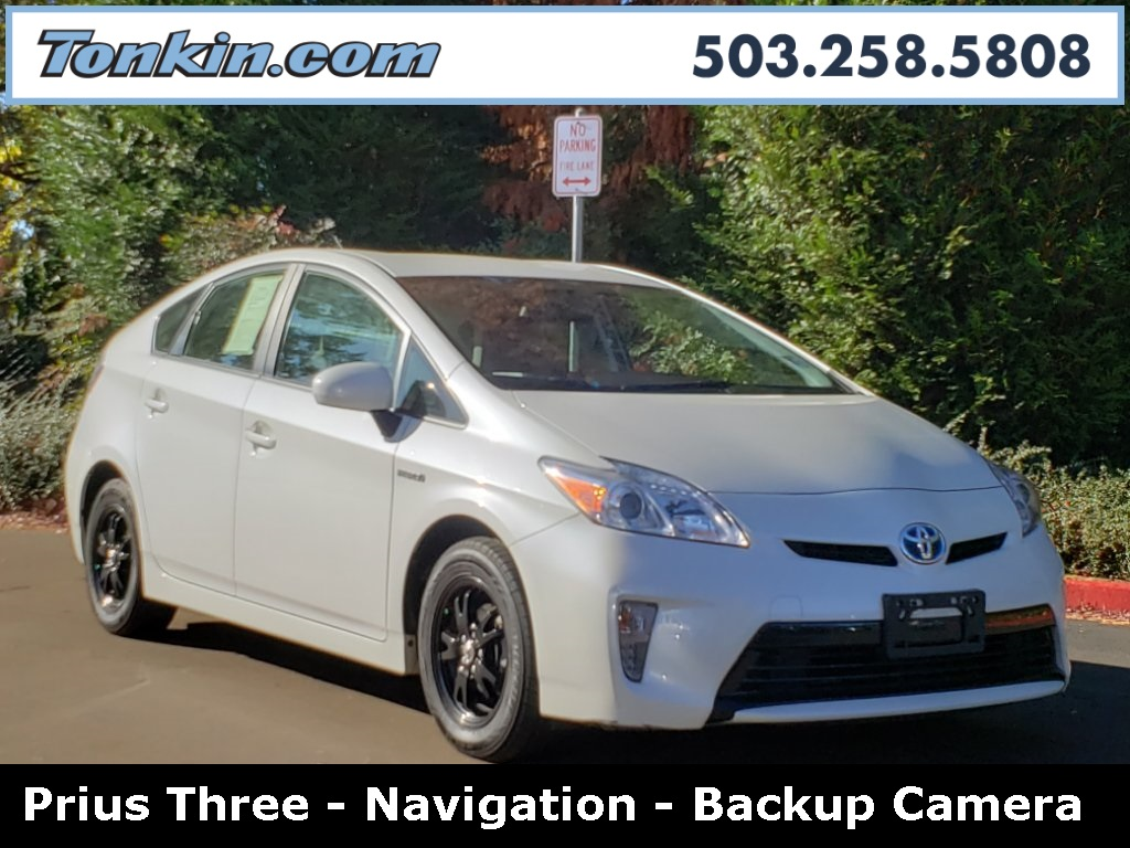 Pre-Owned 2012 Toyota Prius Three